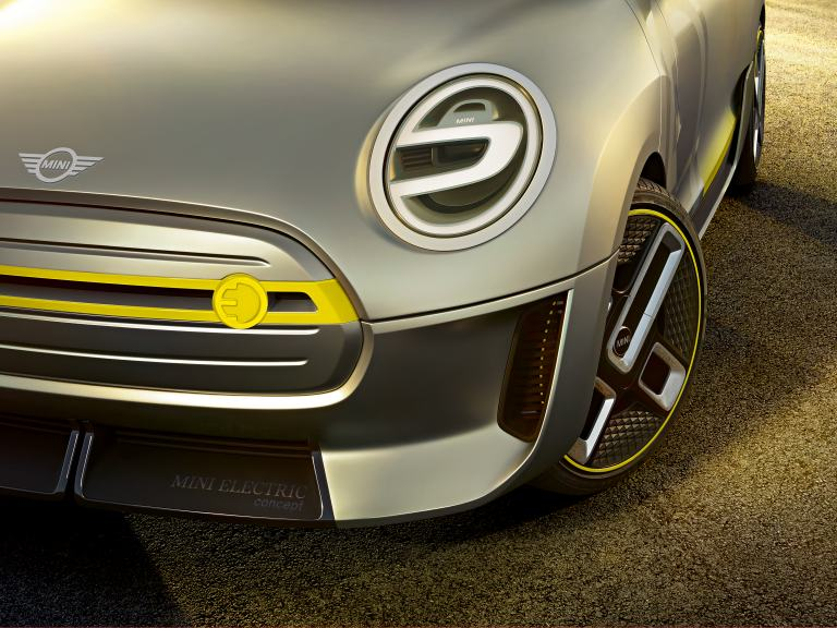 MINI Electric Concept – front and wheel close-up