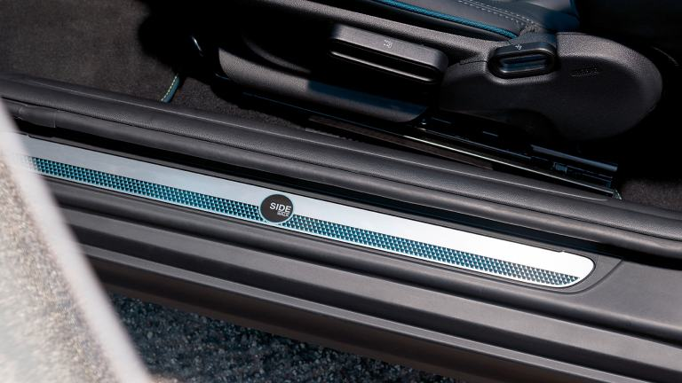 MINI Convertible Sidewalk Edition – door entry strips – insignia